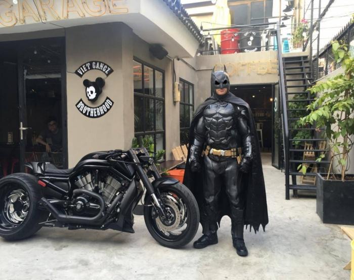Độc lạ cùng những quán cà phê đậm chất biker tại Sài Gòn