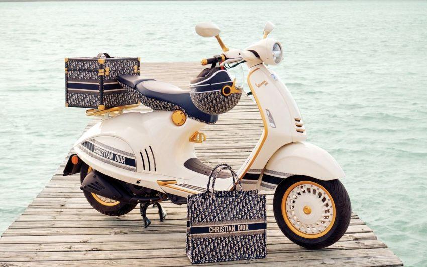 Vespa 946 phiên bản đặc biệt kết hợp với thương hiệu thời trang Dior