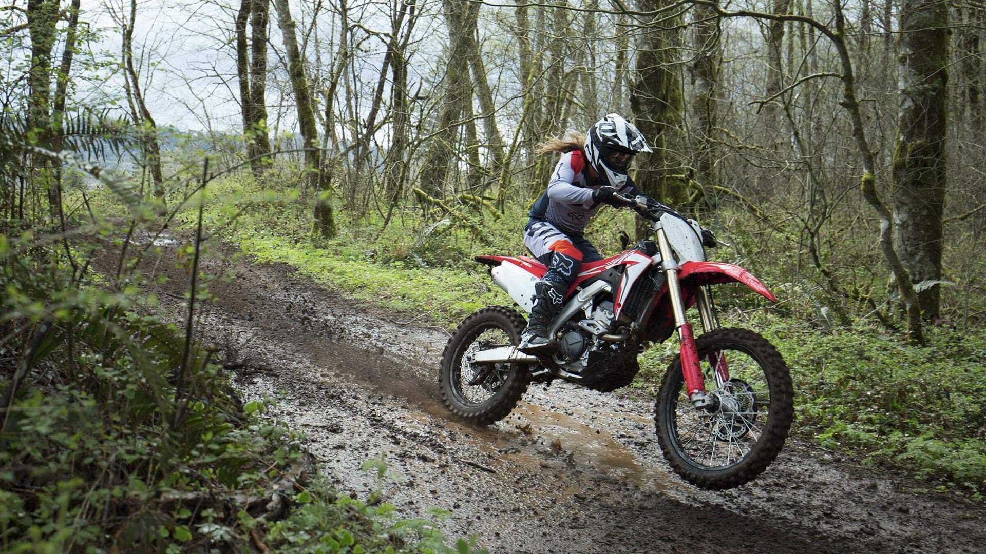 2021 CFR Dirt bike: Dàn cào cào chất lượng của Honda chuẩn bị lên kệ