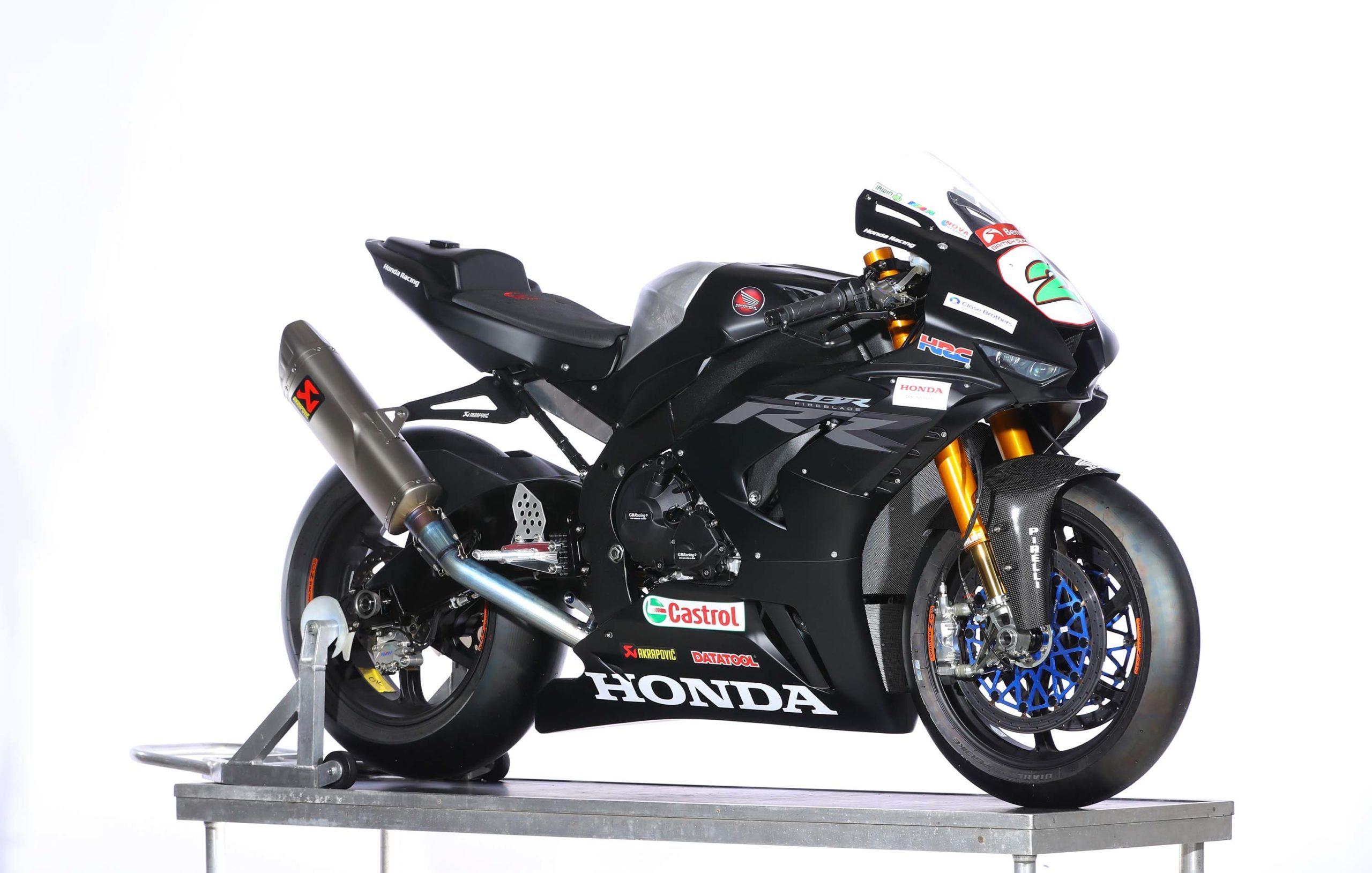 Ngắm Honda CBR1000RR-R Fireblade phiên bản đường đua BSB 2020
