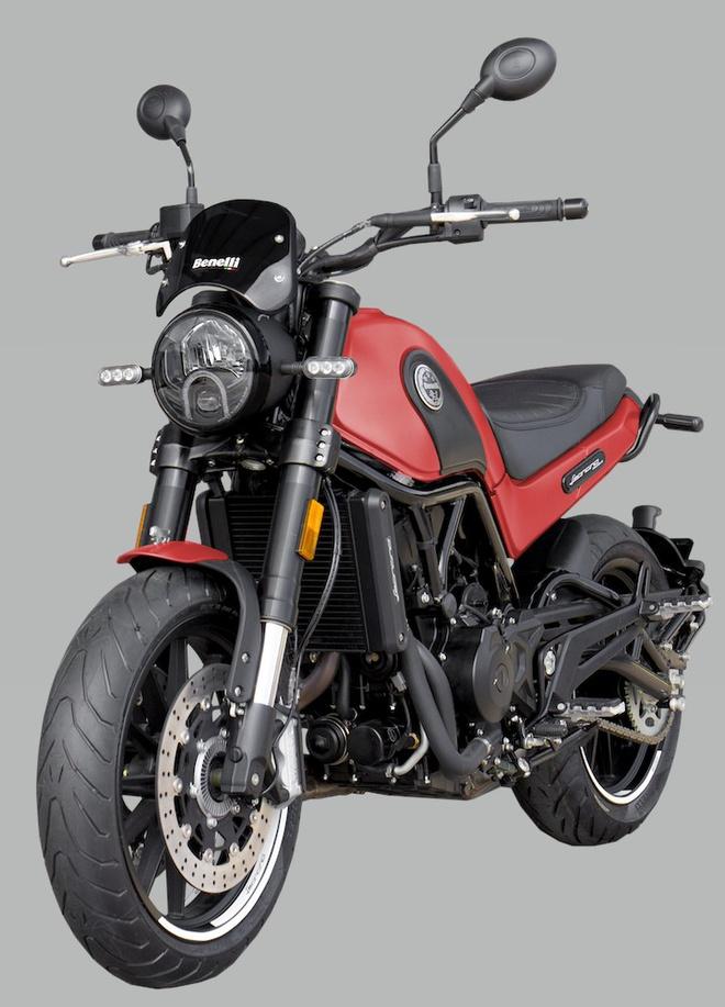 Benelli Leoncino 500cc 2020 màu mới ra mắt , giá từ 158 triệu đồng