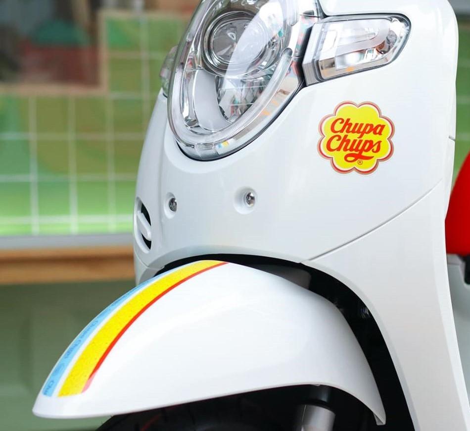 Honda Scoopy i Chupa Chups phiên bản kẹo ngọt tại Thái Lan