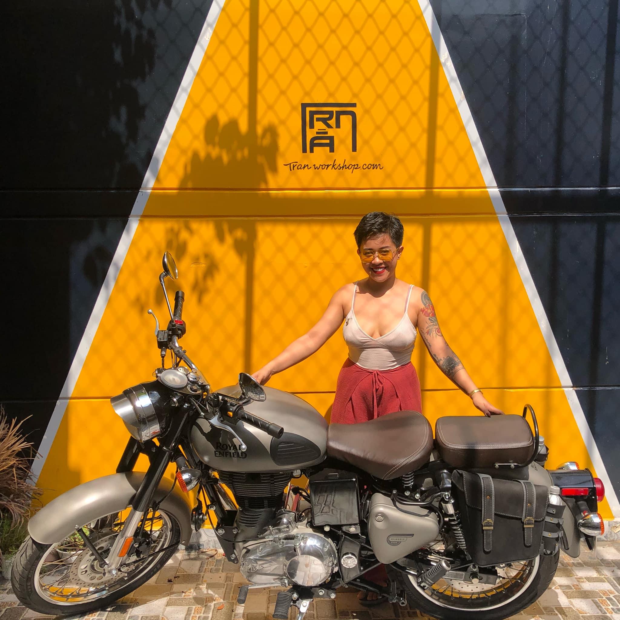 Gặp gỡ nữ nghệ nhân Trần Thùy và niềm đam mê với đồ da thủ công cho xe mô tô