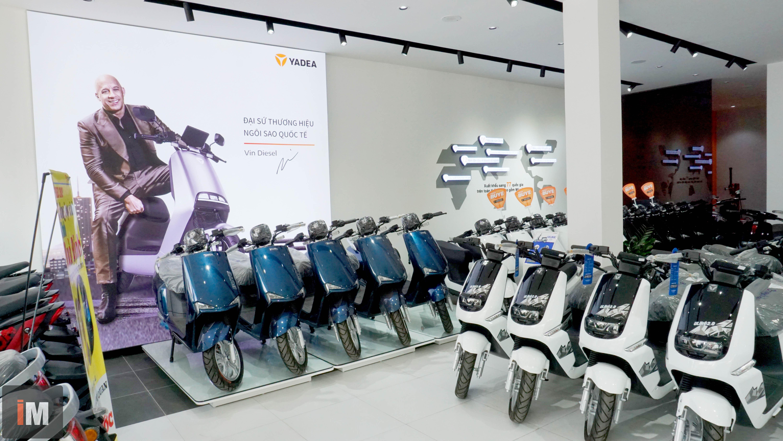 Tham quan showroom Yadea: Xe máy điện bán chạy nhất thế giới