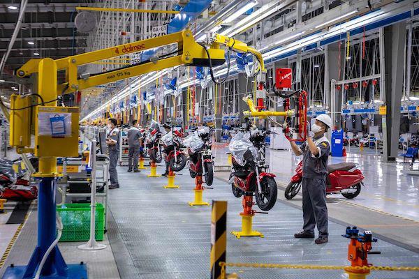 Bloomberg: Xe máy điện VinFast và tương lai giao thông xanh tại Việt Nam