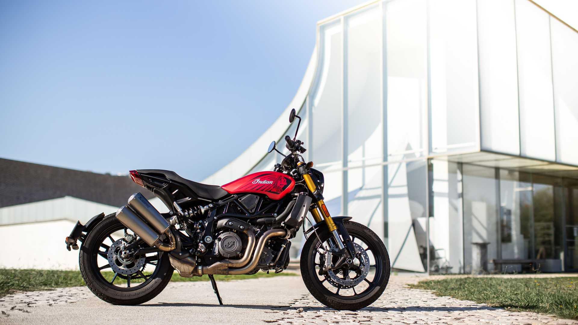 Indian Motorcycles ra mắt phiên bản giới hạn Ruby Smoke FTR 1200