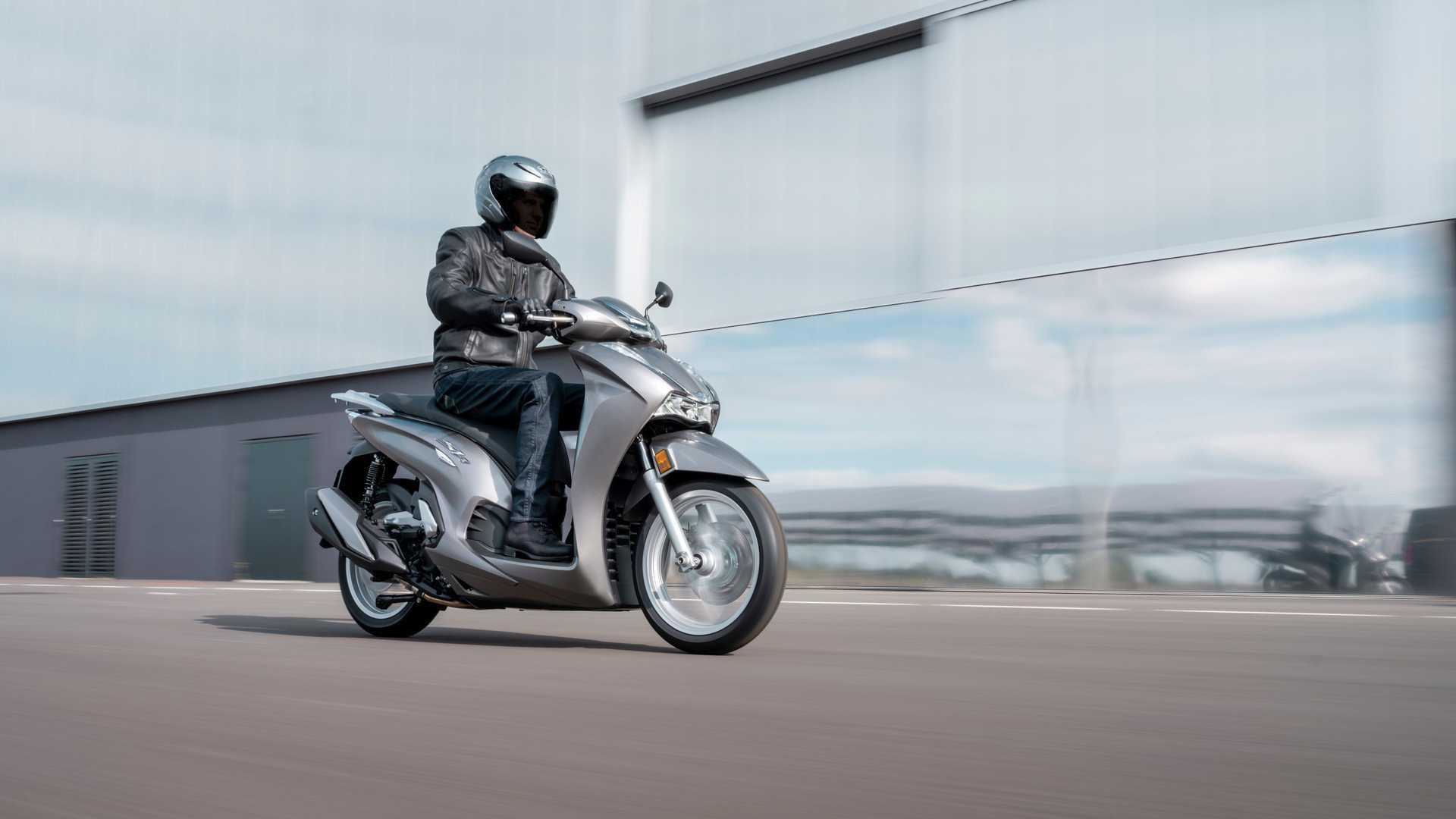 Honda ra mắt SH350i và PCX125 phiên bản mới