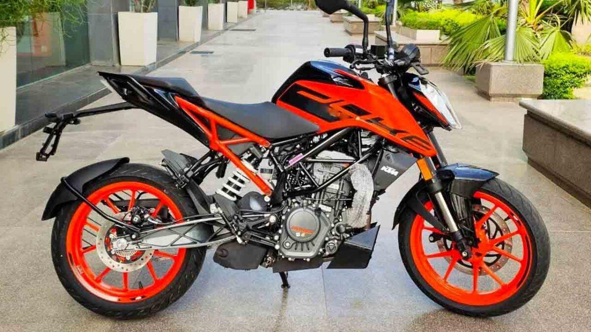 KTM ra mắt 125 Duke phiên bản 2021 tại thị trường Ấn Độ