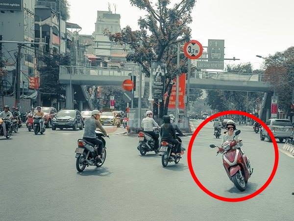 [Kỹ năng đường phố] Phần 1: Gặp Ninja tránh xa 2 mét!