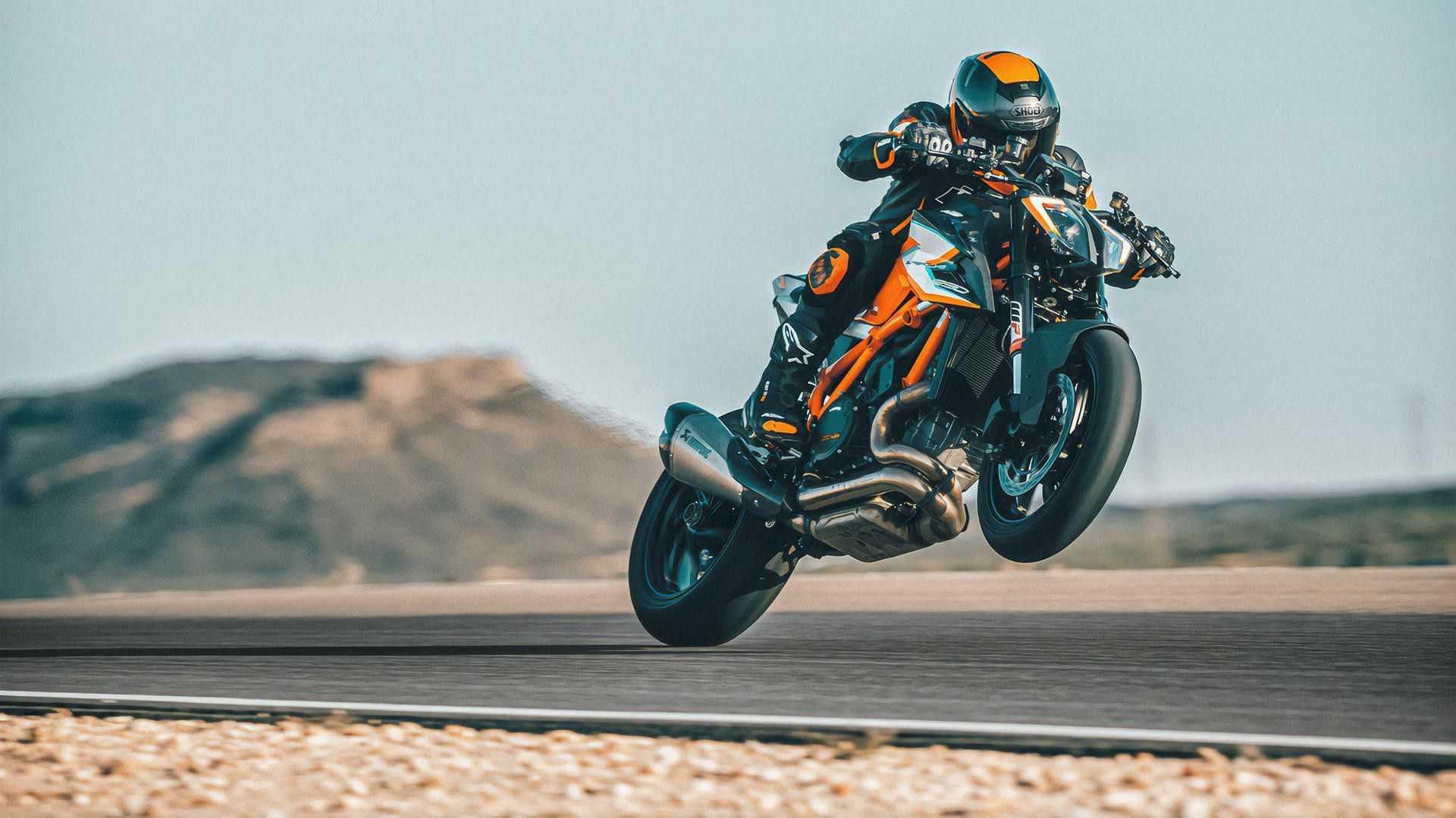 KTM mở bán 1290 Super Duke RR phiên bản đặc biệt với số lượng cực giới hạn